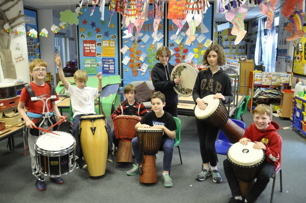 The percussion pupils group together to play a song. 17_t15Feis12