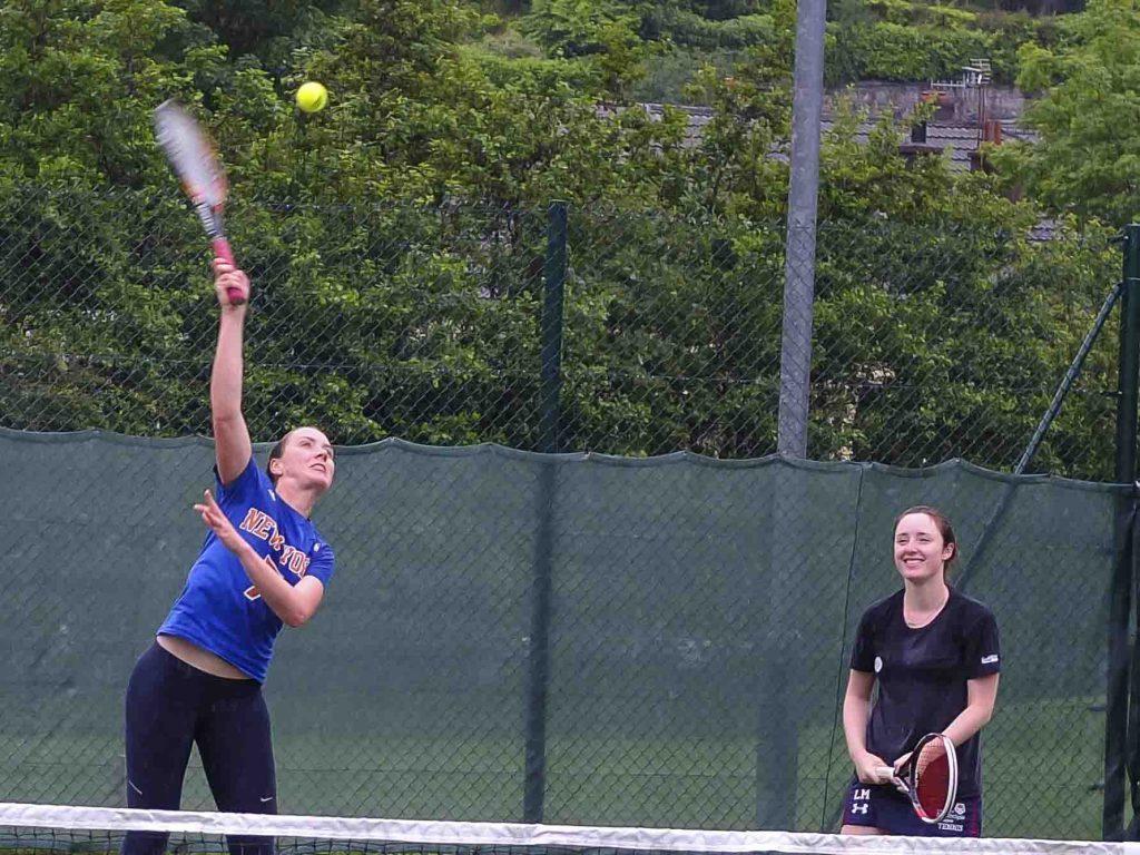Shona Graham and Lisa Munro won the ladies' doubles.