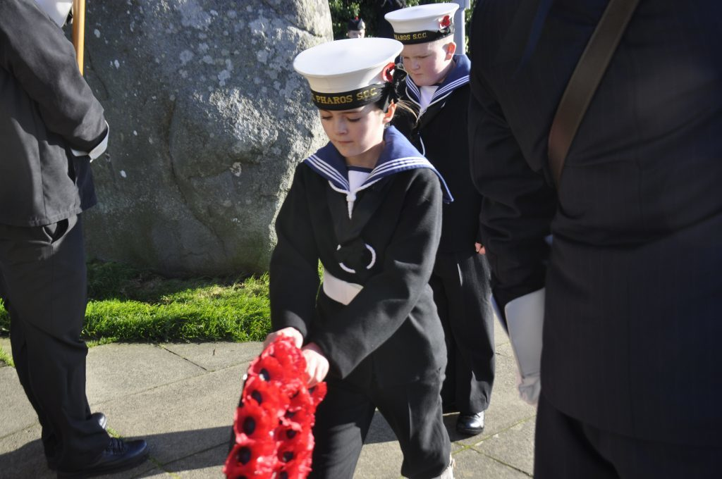Jodi Anderson lays a wreath on behalf of Oban Sea Cadets. 17_T46_RemembranceSunday08