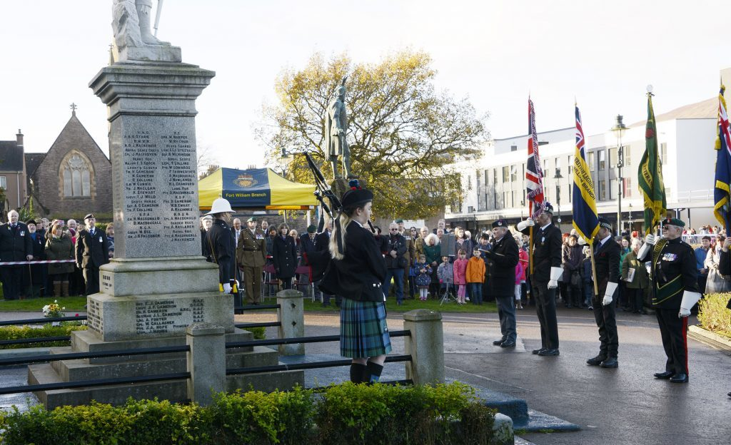 Members of public gathered at the Parade in in Fort William. IF F46 Remembrance Fort 03. Photo: Iain Ferguson, the Write Image.