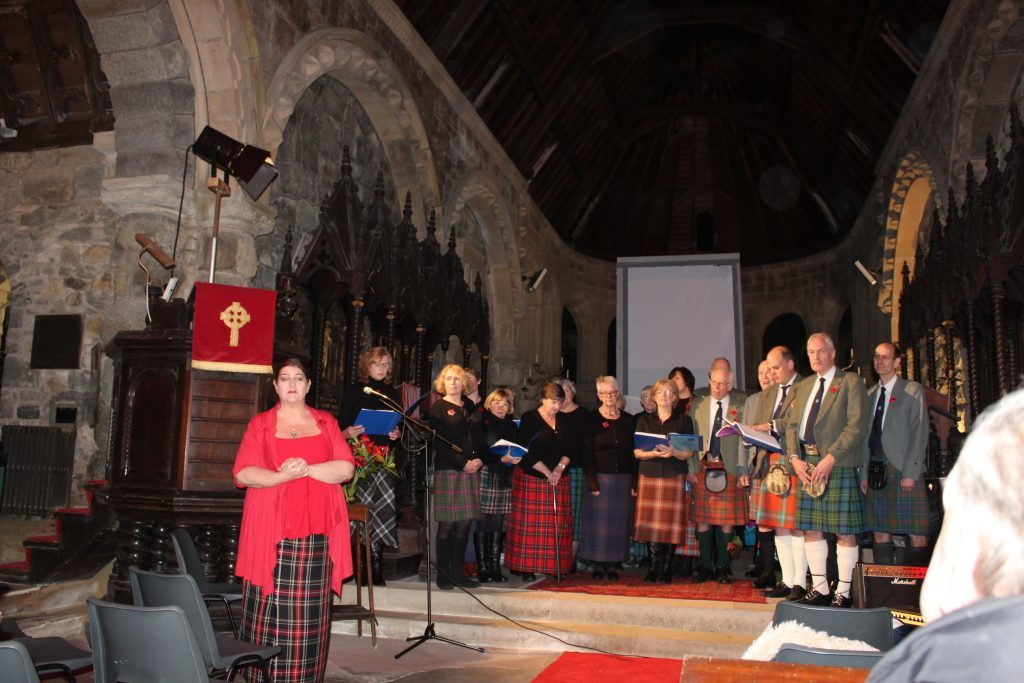 Various musicians and singers, including those from Taynuilt Gaelic Choir, performed.