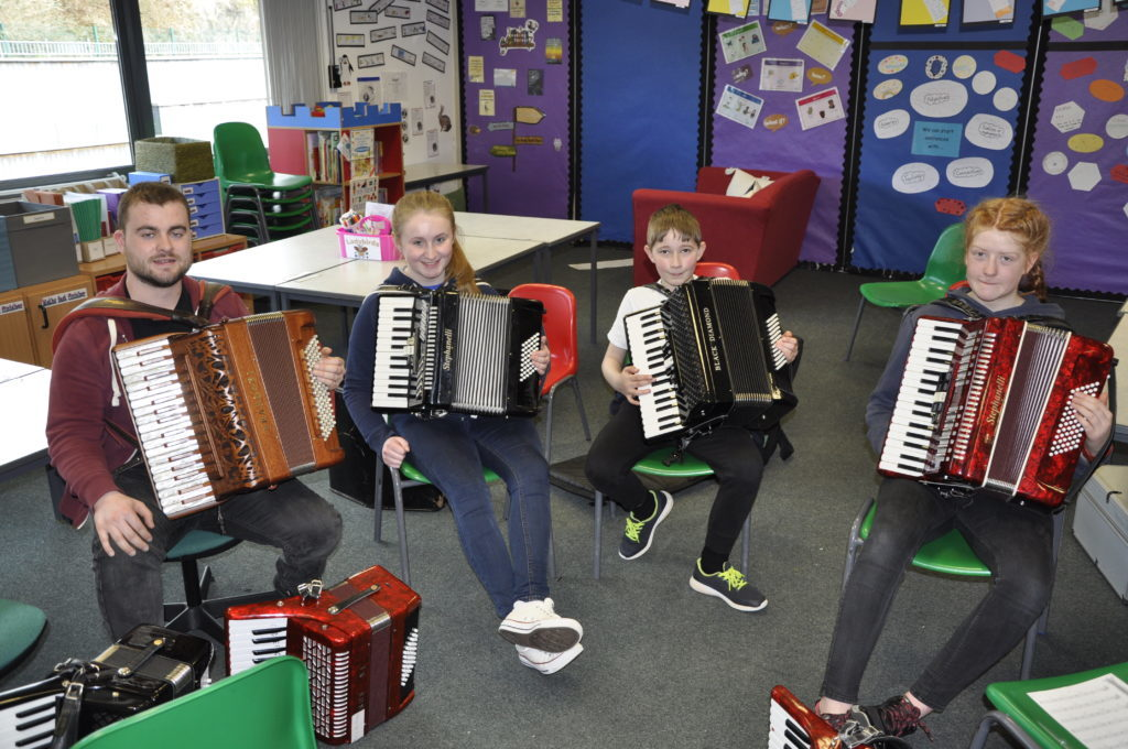 Ruairidh Morrison taught accordion at this year's Fèis. 16_t15_Fèis03