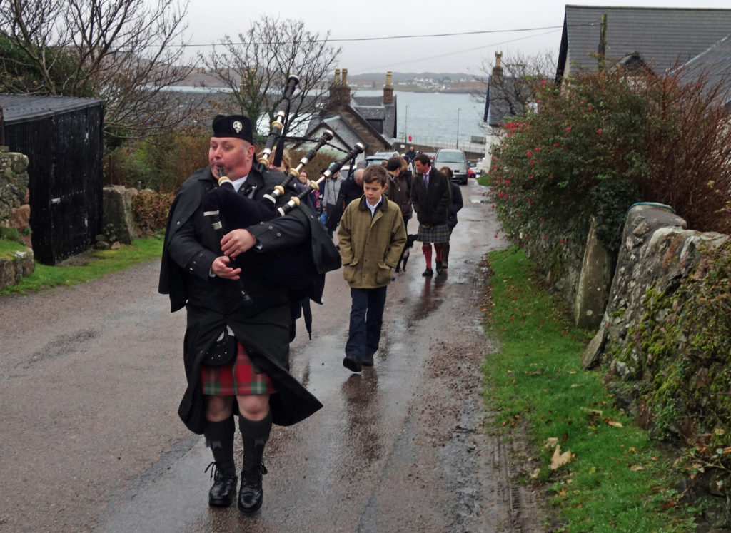 The Argyll Family arrived to a welcoming committee and were piped ashore by Calum MacDougall