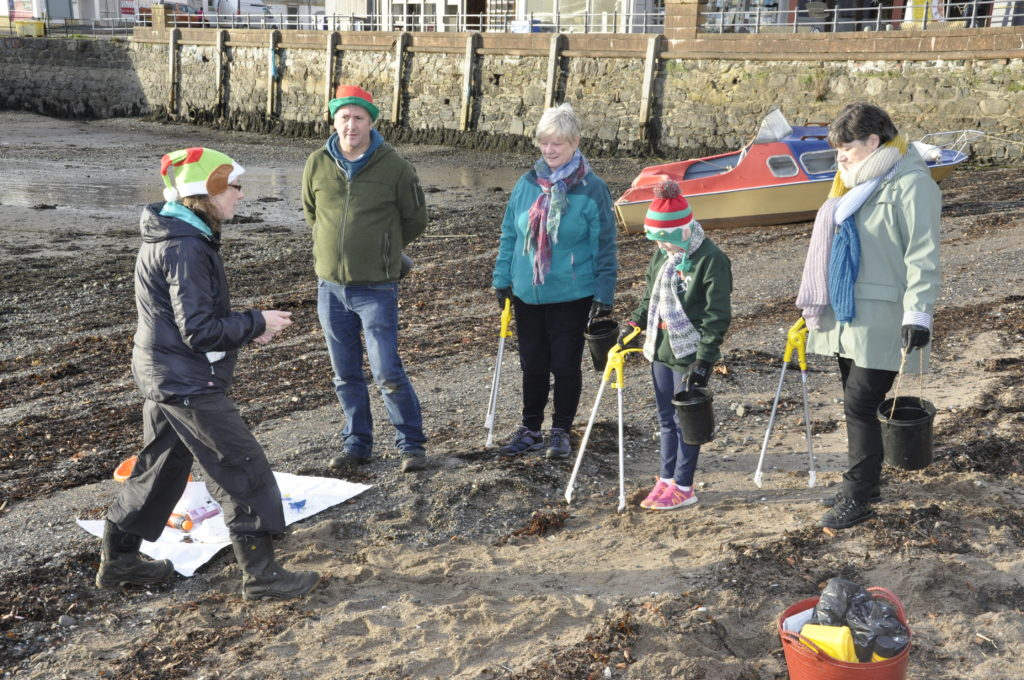 A creative beach clean-up took place on Sunday, which involved answering questions and picking up plastic. 17_T48_WinterFestivalSunday02