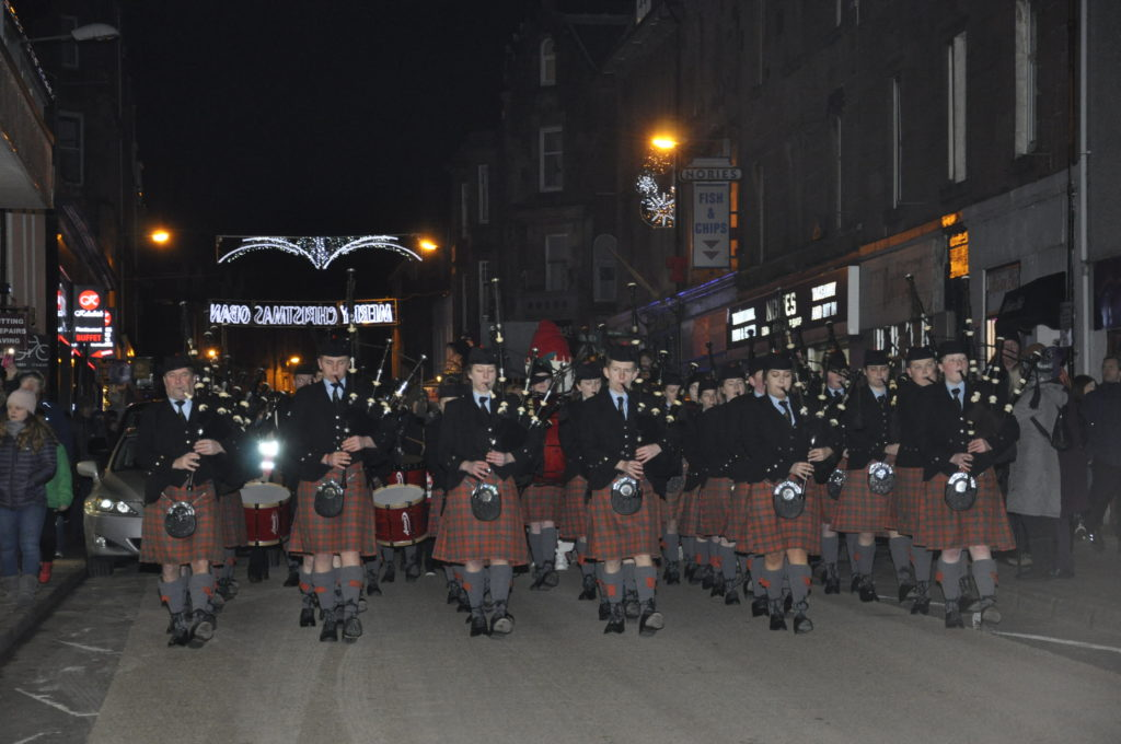 Oban High School Pipe Band led the parade through George Street. 17_T48_WinterFestivalSunday07