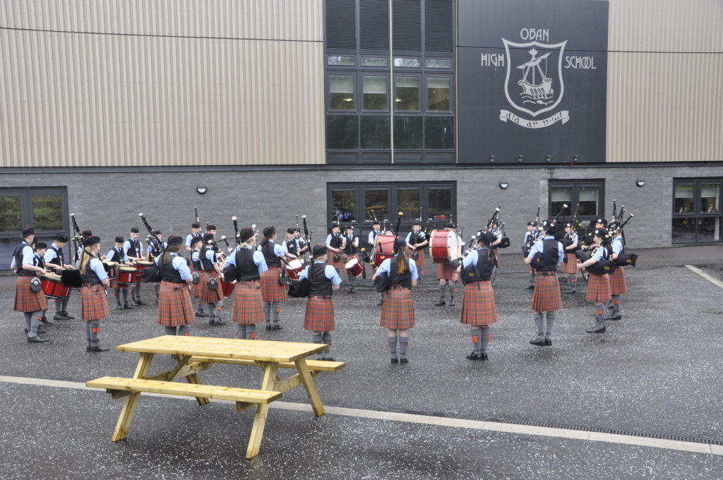 Oban High School Pipe Band welcomed guests.