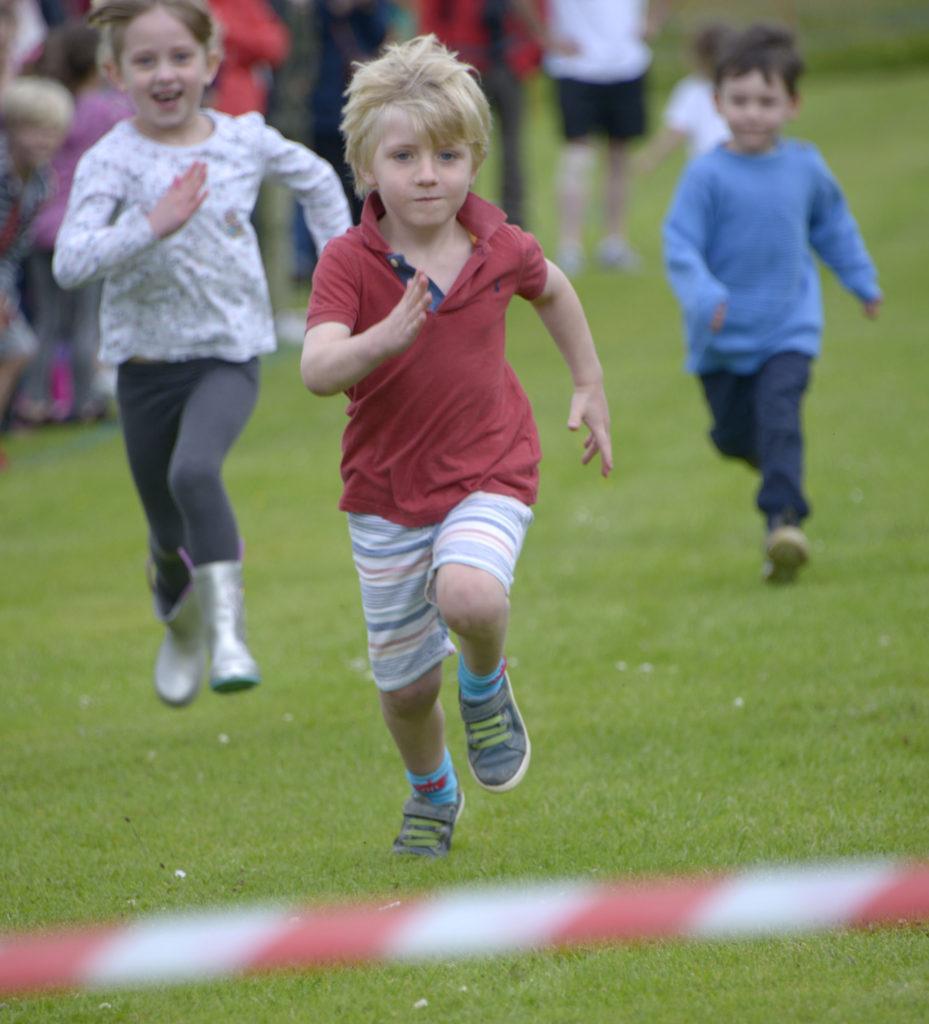 Action from the five-year-olds' race. Photograph: Iain Ferguson, alba.photos