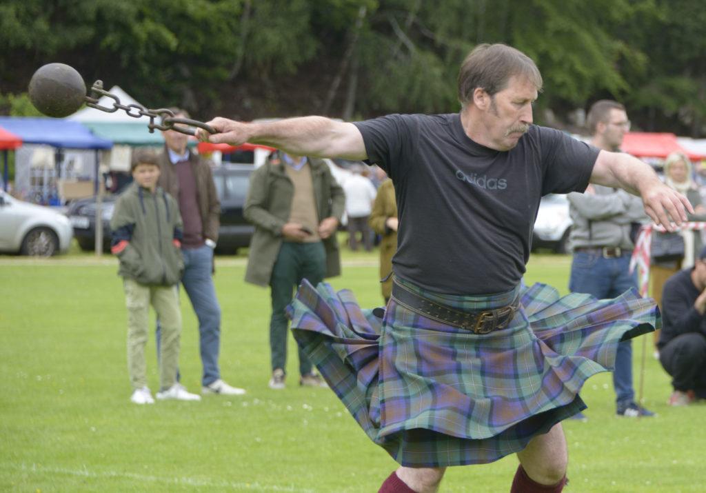 David McDonnell in action in the heavy events. Photograph: Iain Ferguson, alba.photos