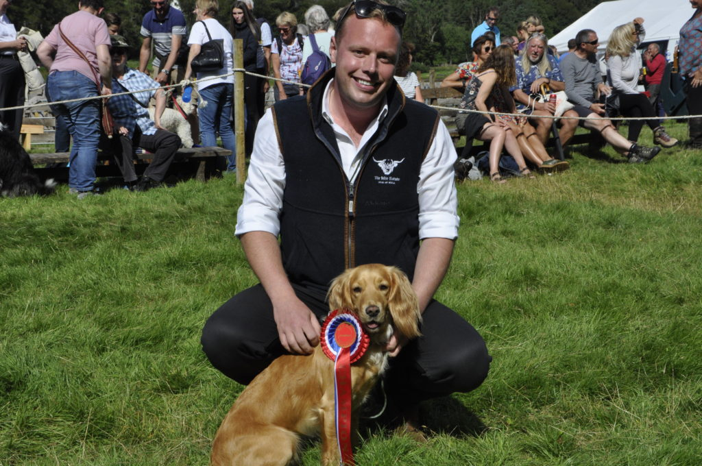 James Hartley, from Aros, with two-year-old Nala, who was crowned the best in show. 15_t32_SalenShow18