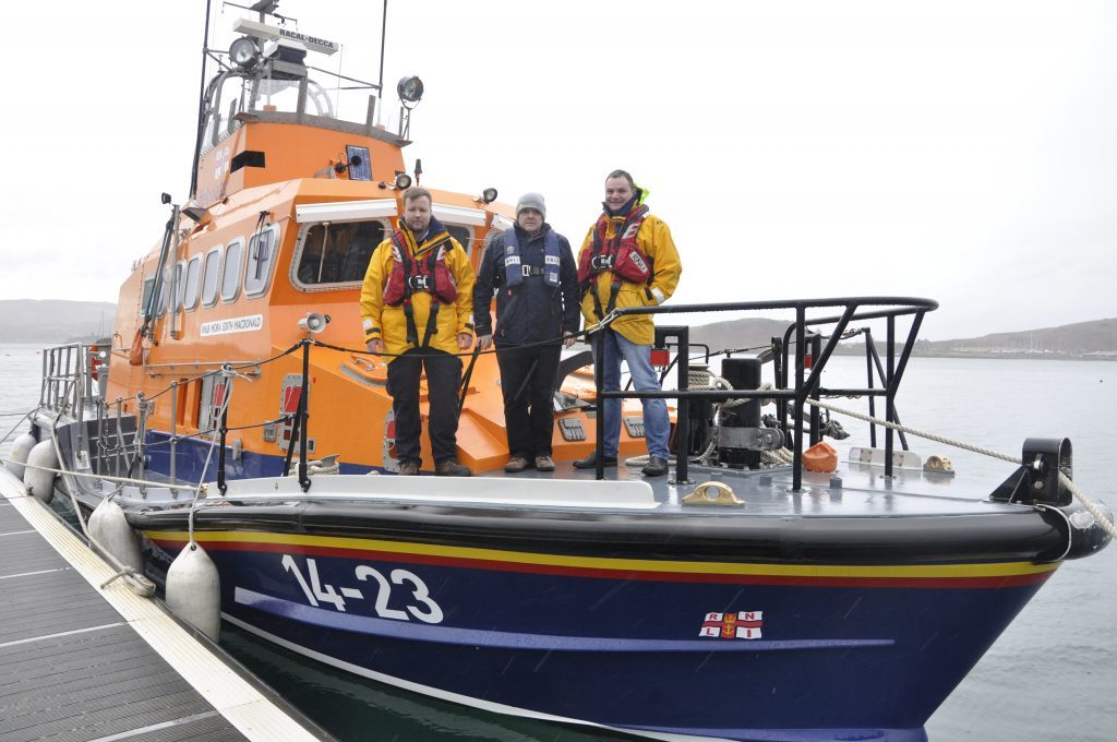 Oban RNLI goes to aid of stricken boat