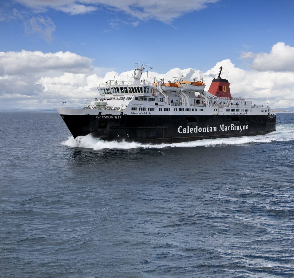 Mull faces winter of discontent over fewer ferries