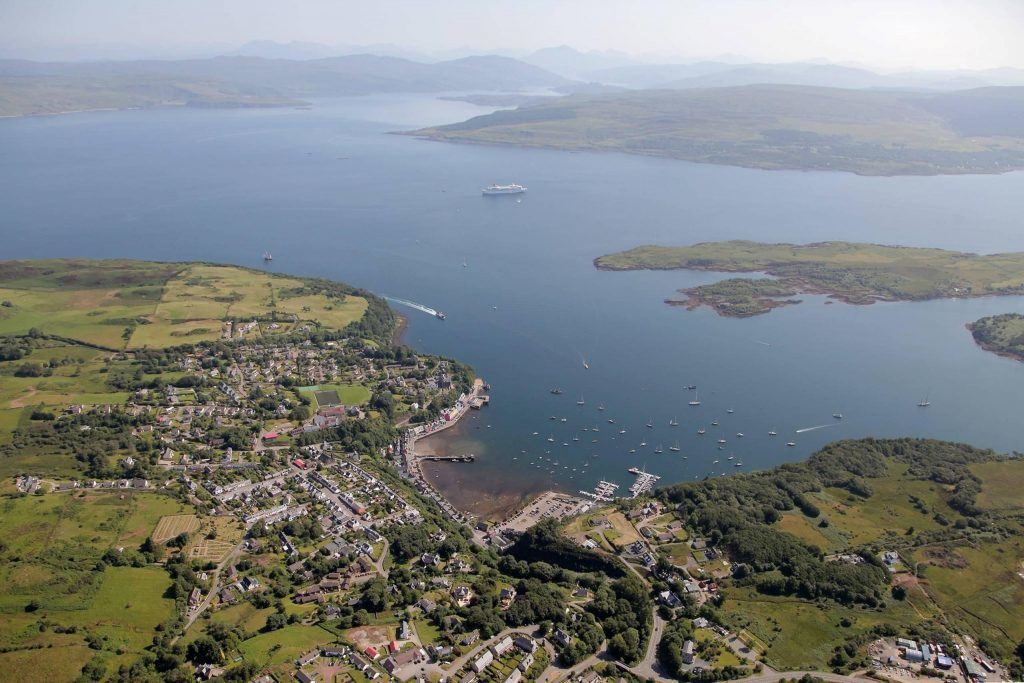 Plans to extend Mull visitor centre