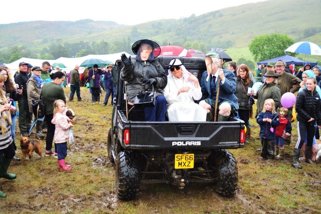 'Royal' visit is a highlight of diamond Appin show