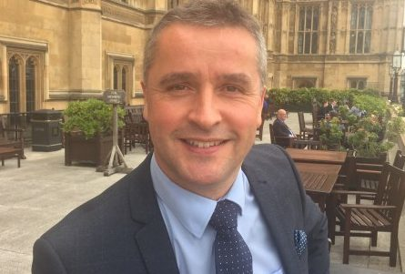 MP MacNeil urges all eligible young carers in Isles to apply for grant