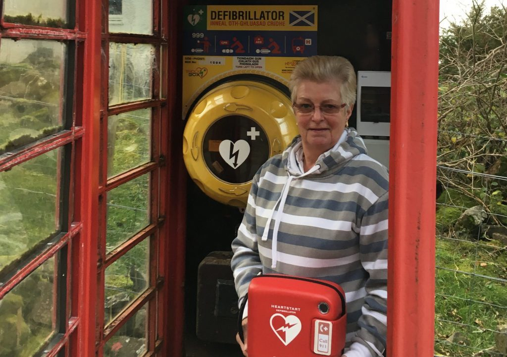 New public access defibrillator for Gribun