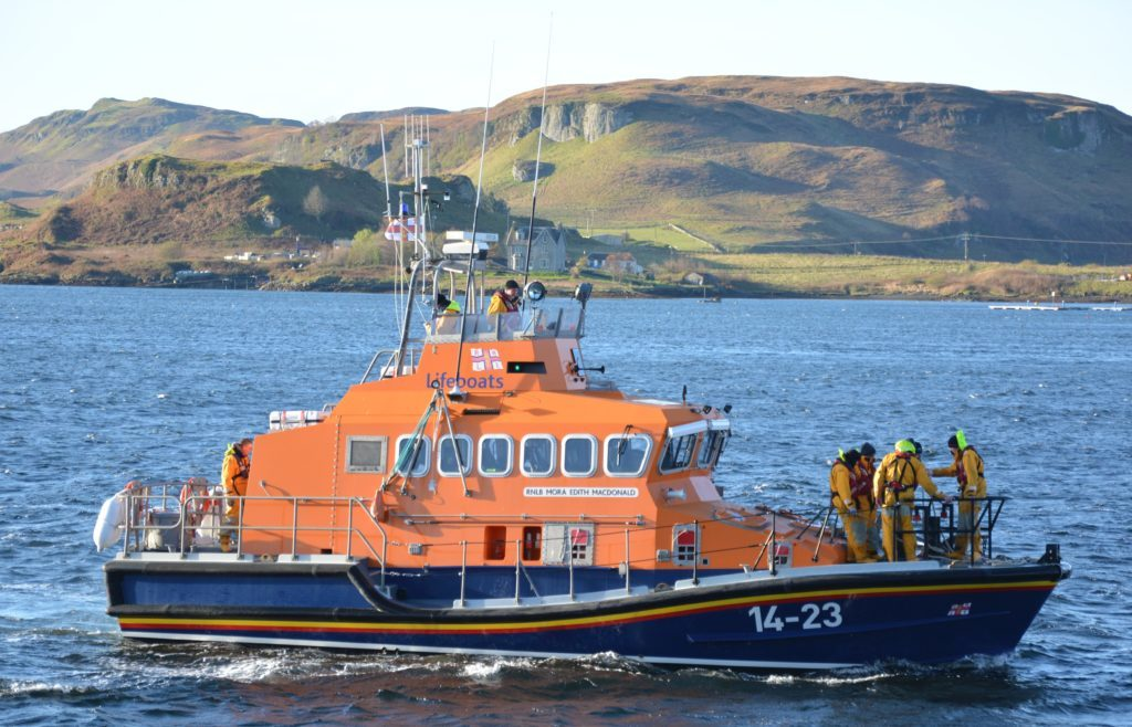 Lifeboat goes to assist 68ft vessel