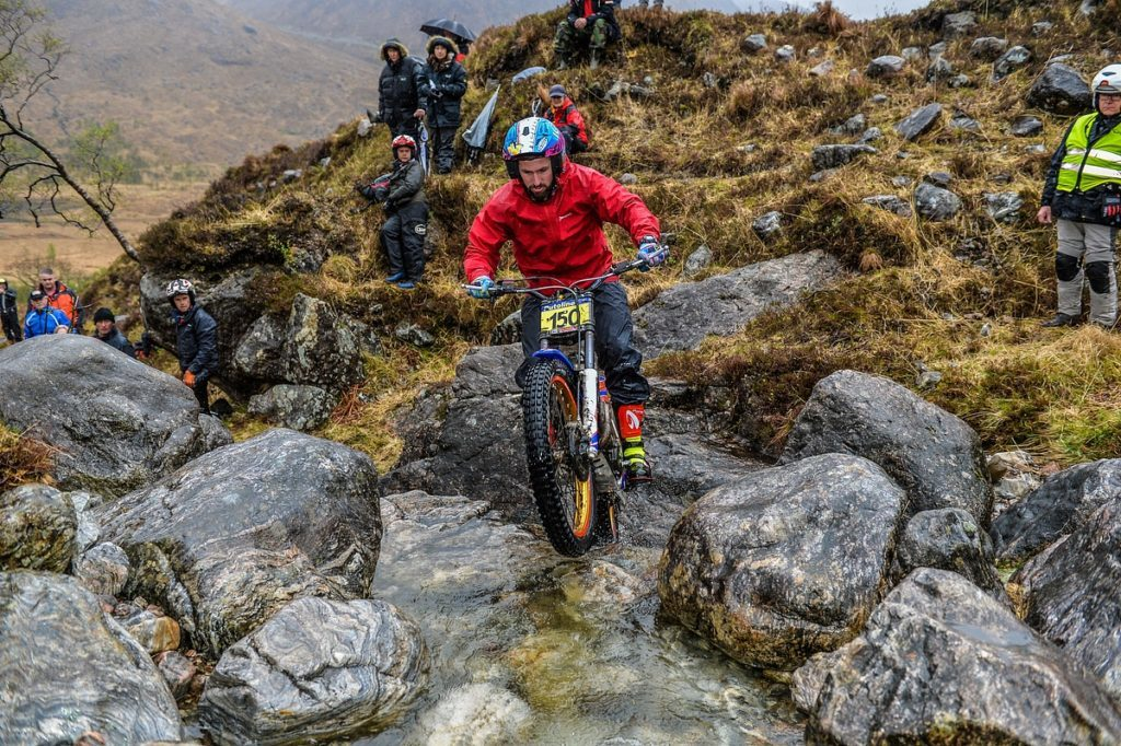 James Dabill takes lead in SSDT after day two