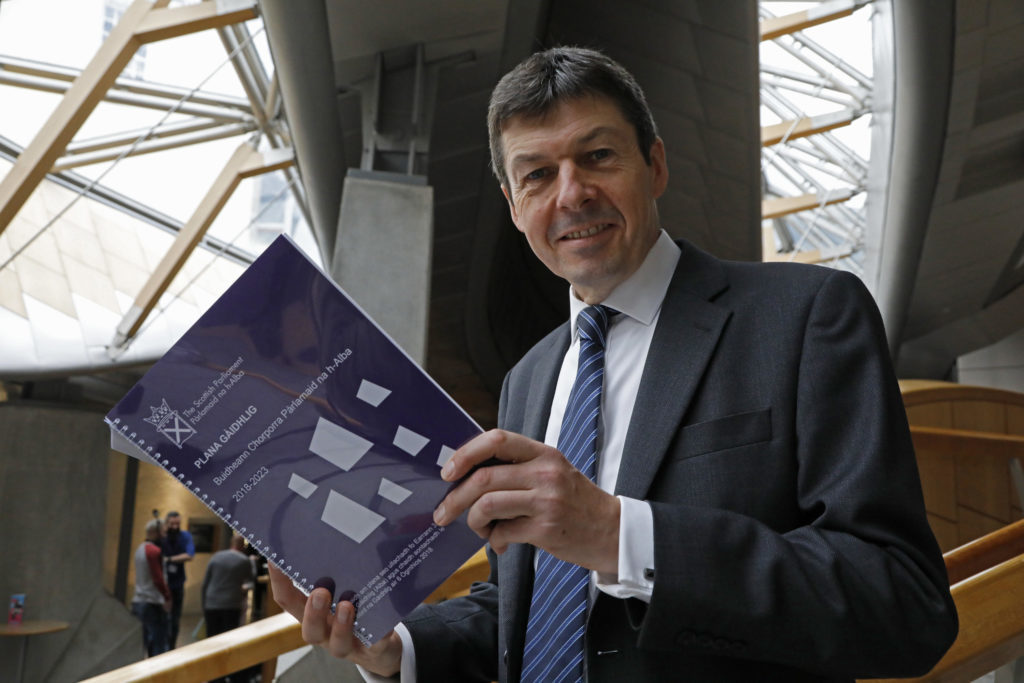 Parliament commits to Gaelic plan
