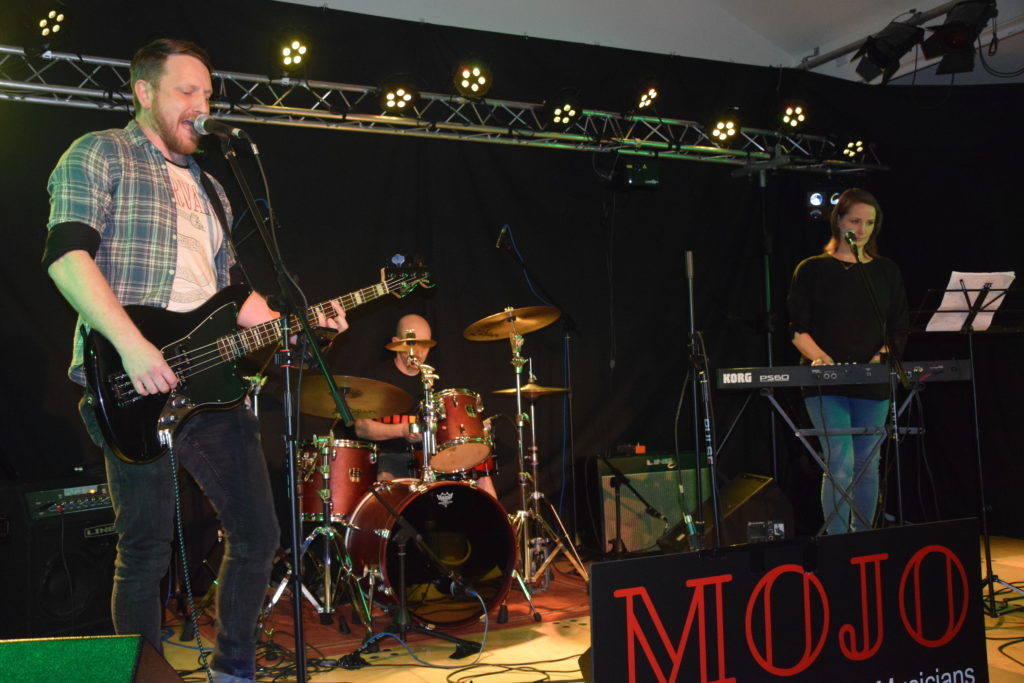 Oban bands dominate at MOJO gig