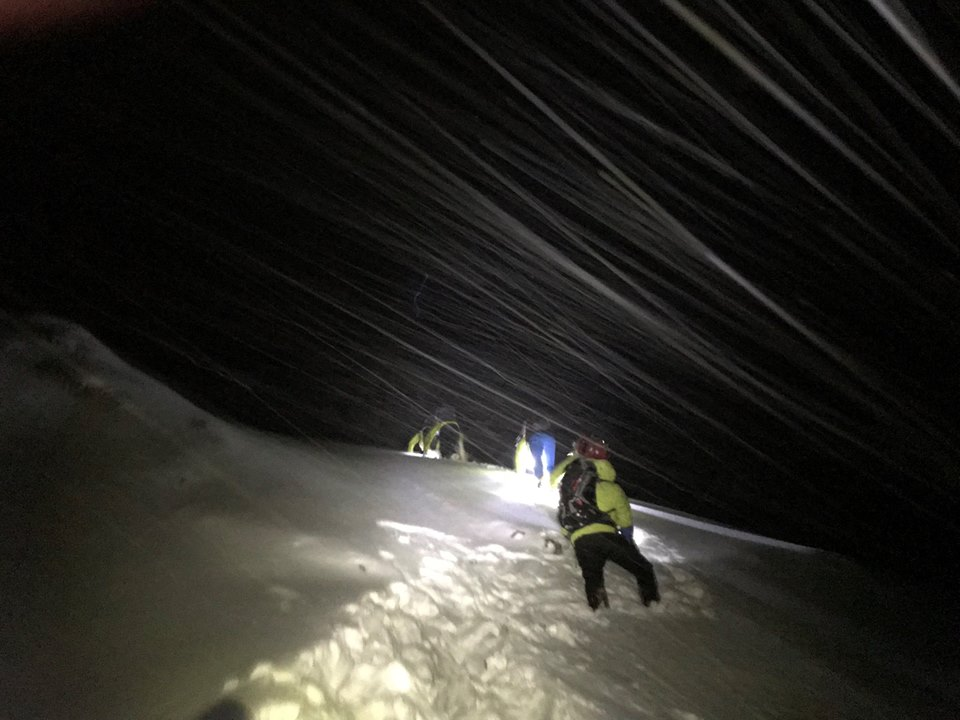 Mountain rescue 'overwhelmed' by support after contract criticism