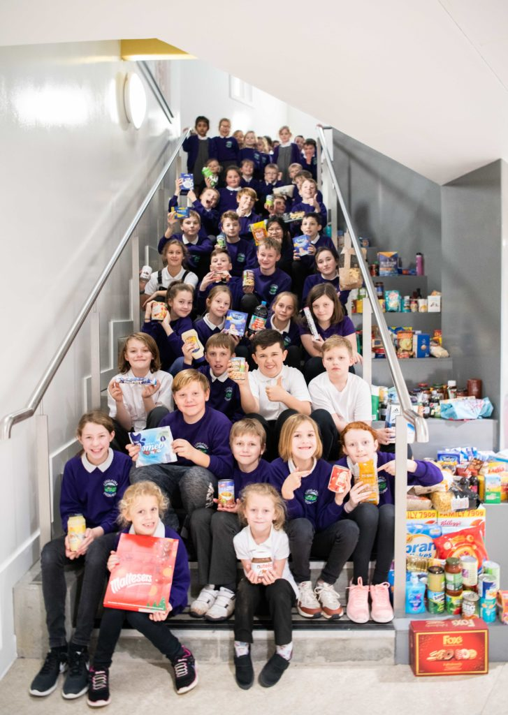 Lundavra pupils donate to foodbank