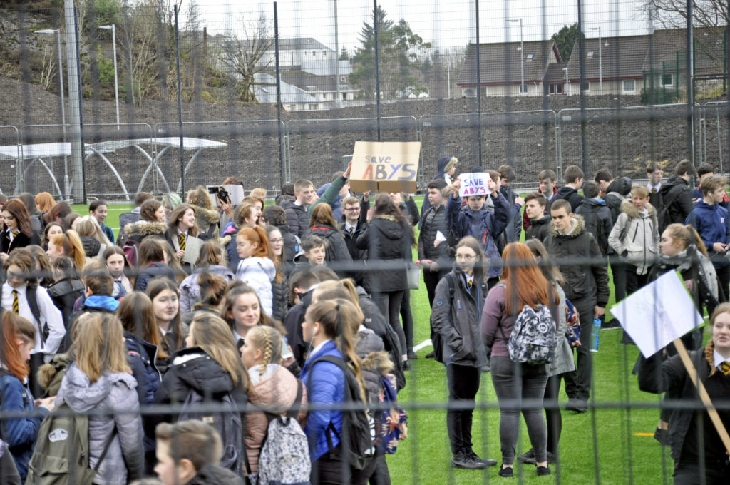 Oban teenagers continue to fight for youth services