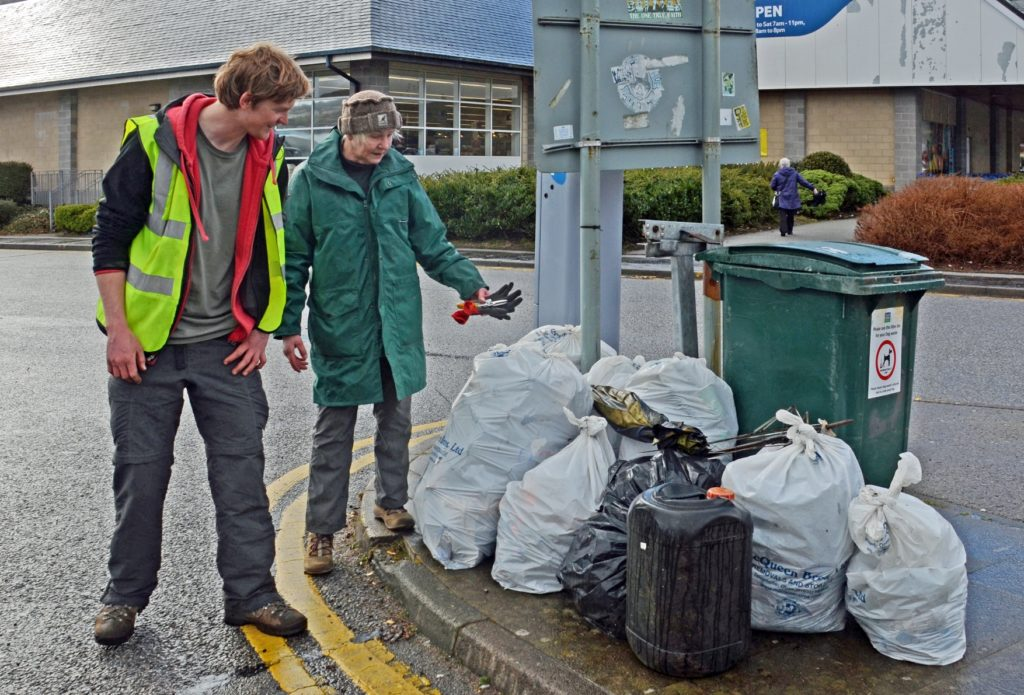 Volunteers required for second 'Oban Spring Clean'