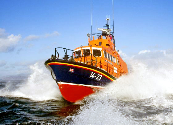 Oban Lifeboat crew transfer patient from Mull