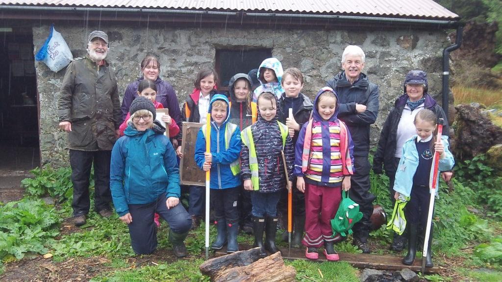 Duror pupils visit archaeology project