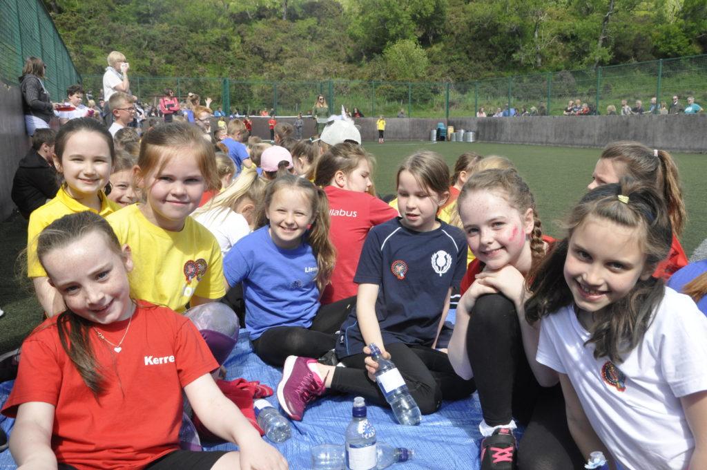 Sun shines as Oban pupils enjoys splendid school sports day