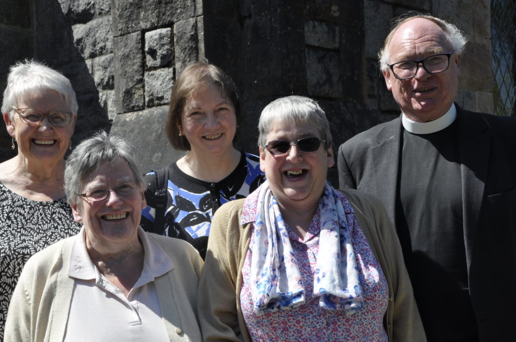 Congregation takes steps to raise funds