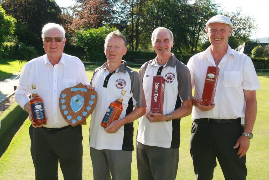 Bowls duo win at Railway Club