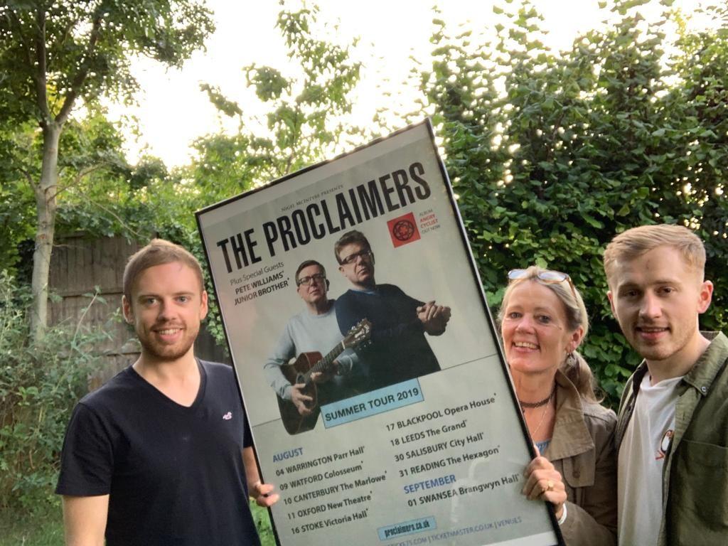 Proclaimers gig benefits Lochaber Mountain Rescue Team