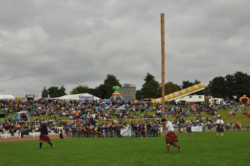 Champion axe throwers lay down gauntlet to 2019 gathering visitors