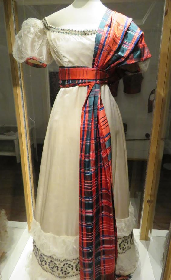 Beetlewing dress goes on show at Dunollie