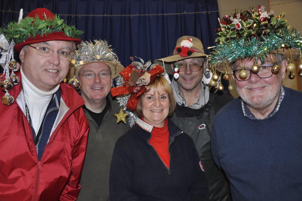 Hats off to bonnet contest