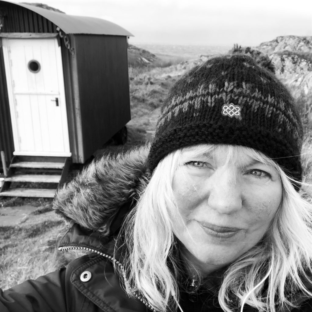 Author Liz feels intimate connection on Iona